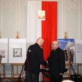 Ks. J.Nowiński, nagroda 26.04.2017. Fot. Urząd Wojewódzki Poznań