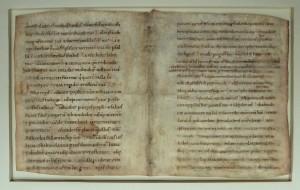 Pergaminowa karta psałterza zpoł. XIII w. ztekstem Psalmu 71 zapisanym minuskułą karolińską